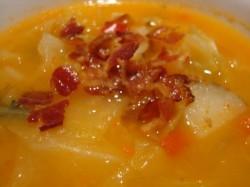 Zelenjavna juha s slanino