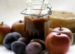 Marmelada z jabolki in češplji