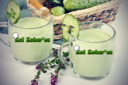 Zelenjavni smoothie z sadjem