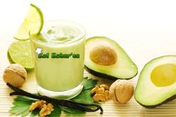 Dietni smoothie z avokadom